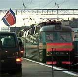 Det pansrede toget ankom fredag kveld Moskva. (Foto: Reuters)