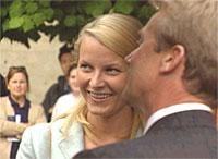 På Nobelutstilling Foto: NRK