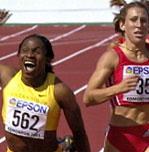 Maria Mutola tok VM-gull i Edmonton for to år siden.