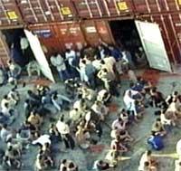 Situasjonen for mange av flyktningene ombord er alvorlig, sier rederiet.