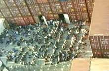 """Båtflyktningene på """"Tampas"""" dekk."""