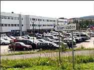 Rettssaken finner sted i konferansesenteret på Åråsen stadion på Lillestrøm.