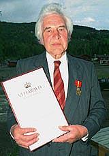 Trykker du på lydlenka kan du høre Hans Hagen folketaler fra Tretten. (Foto: GD)