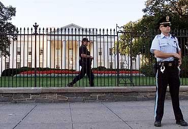 Politiet vokter Det hvite Hus etter terror-angrepet 11. september
