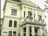Festiviteten i Skien er hovedscenen til Teater Ibsen.