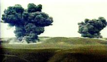 Teppebombingen fortsetter i Afghanistan, men Nordalliansens offensiv lar vente på seg.