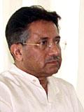 Pakistans president Pervez Musharraf holder grensen lukket. (Foto: Scanpix/AP)