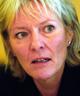 Statsråd Kristin Clemet flytter lærernes lønnsforhandlinger til kommunene.