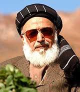Eks-president Rabbani vil støtte overgangsregjeringen.