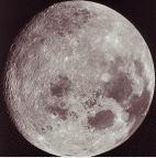 Månen fotografert fra Jorda