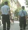 Et ukjent antall politifolk skal patruljere gatene under bryllupet.