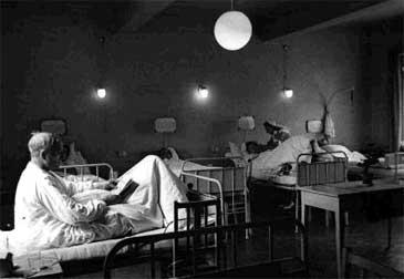 Høyanger Sjukehus i 1947. (© Hydro)