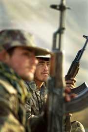 Nordalliansen har gått til stormangrep mot Kunduz.