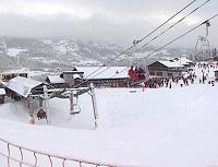Skiturismen i Hemsedal fører med seg mye fyll og bråk. (Arkivfoto)