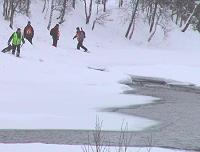 Politiet har funnet sport som går ned til elva Hemsila. (Foto: Gunnar Grimstveit)