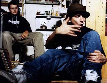 Poppa Lars og Jørg-1 - rap i snikkarbod