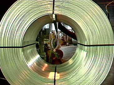 Alcan ville berre ha vidareforedling på sine eigne fabrikkar andre stader i verda. (Foto: NRK)