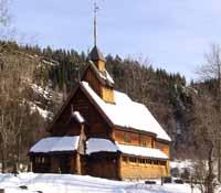 Eidsborg stavkyrkje i vinter.