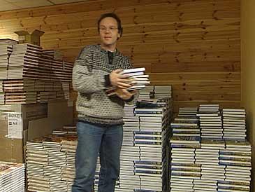 Torkjell Djupedal driv Selja Forlag. (Foto: Randi Indrebø, NRK)
