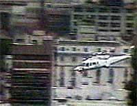 Argentinas president la Rua forlot presidentpalasset med helikopter sent i går kveld.