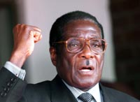 Robert Mugabe kan bli tvunget i eksil. (Arkivfoto)