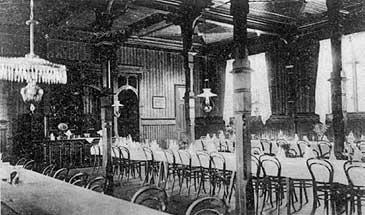 Matsalen på Maristuen i 1907. (Foto © Fylkesarkivet)