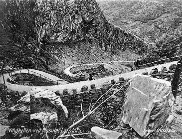 Vindhellavegen tidleg på 1900-talet. (Foto © Fylkesarkivet)