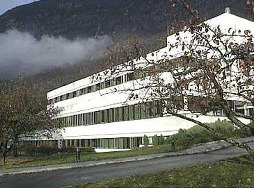 Lærdal sjukehus. (Foto: NRK)