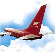 DYR BENSIN: Sterling-sjefen tror høy bensinpris kan føre til at flyselskaper må fusjonere. (Foto: Scanpix)