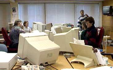 Desken i Firdaposten. (Foto: NRK)