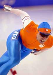 Gerard van Velde smadret den gamle verdensrekorden på 1000 meter (Foto: Itsuo Inouye/AP).