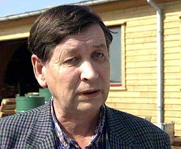 Jostein Bjørnset og familien hans driv verksemda under namnet Vestnes Produkt A/S. (Foto: NRK)