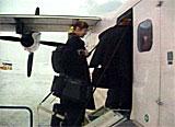 Passasjerene i Vardø mister flytilbudet neste år dersom Avinor gjør alvor av truslene sine.