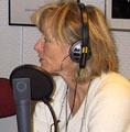 - Er du hekta på den gode fortellingen, du? spør programleder Agnes Moxnes, og får et rungende JA av dagens beite-gjest.