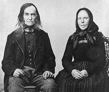 Rasmus J. Ryssdal og den andre kona hans, Eli Pedersdtr. (fødd Mardal) i 1875. (Foto © Fylkesarkivet)
