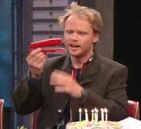 Hva ga Harald Eia giveren av denne gaven tilbake?