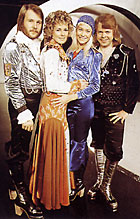 Platåsko ble voldsomt populært etter at ABBA brukte slike sko på scenen.