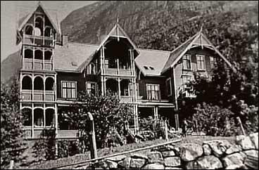 Hotell Central stod ferdig i 1894.