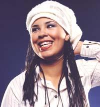 """Maria Mena spiller """"visepoprock med sjel"""", mener hun selv."""