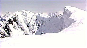 Ras frå fjella i Stryn har teke mange menneskeliv.