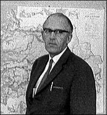 Ragnar Høgelid styrte Distriktenes Utbyggingsfond i Sogn og Fjordane frå 1960 til 1989. Foto: Erik Karlsen, NRK.