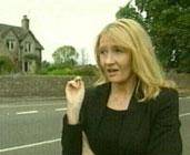 Joanne K. Rowling er blitt Englands rikeste kvinne på sine bøker om Harry Potter