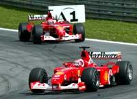 To Ferrari-biler i teten har vært en gjenganger denne sesongen.