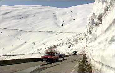 Vegen over Gaularfjellet er vanlegvis vinterstengd. (Foto: Dag H. K. Andersen, NRK)