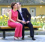 Ari Behn kysser prinsessen. (Foto: Tor- Erling T. Ruud, NRK Upunkt)