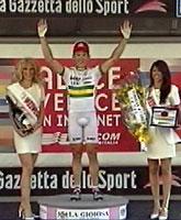Robbie McEwen tok sin andre etappeseier i Italia Rundt onsdag.