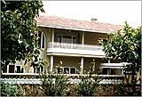 Mange norskpakistanerne har bygd seg lukseriøse hus i Pakistan.