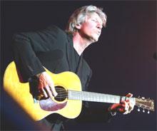 Roger Waters serverte for det meste løskrutt (foto: Morten Holm / SCANPIX).