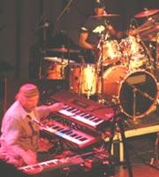 Joe Zawinul og hans band lager musikk det er umulig å la være å bevege seg etter.