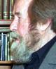 """Aleksandr Solsjenitsyn skildret vitenskapsmenn med fangedrakter i boken """"Første krets""""."""